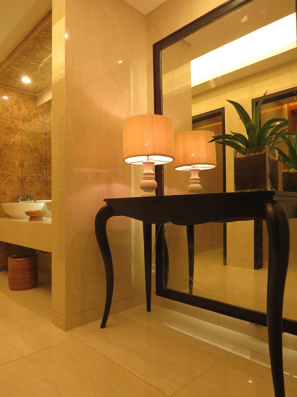 Thurizza-hotel-naypyitaw-mopa-designs-hospitality